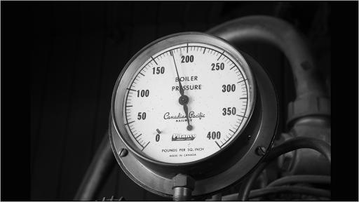 Calculating equilibrium constant Kp using partial pressures (article