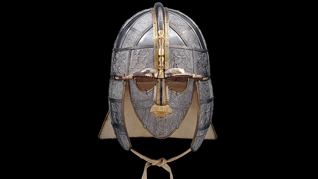 Replica of the helmet made by the Royal Armories © Trustees of the British Museum