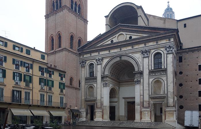 Leon Battista Alberti, Basilica of Sant'Andrea, Mantua, Italy, 1472-90 (photo: Steven Zucker, CC: BY-NC-SA 3.0)