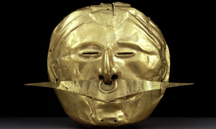 Mask with nose ornament, c. 500 B.C.E.–1600 C.E., possibly Yotoco or late Quimbaya, gold alloy, 15.5 x 18 cm © The Trustees of the British Museum.