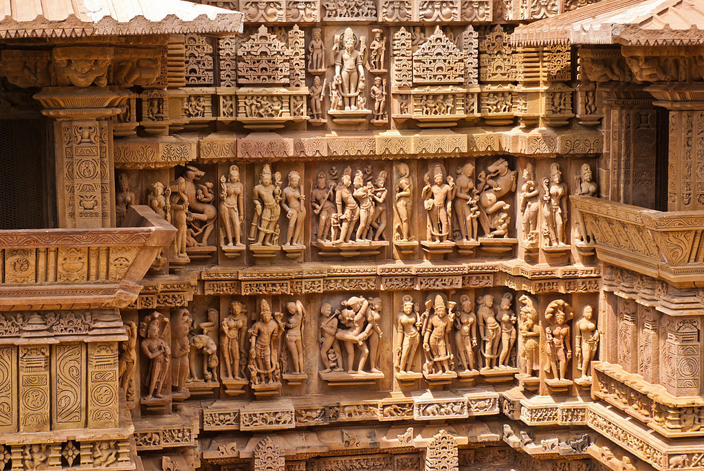 Sacred Space And Symbolic Form At Lakshmana Temple -9319