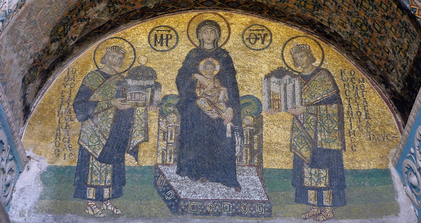 Constantine the Great presents the city (Constantinople) and Justinian the Great presents Hagia Sophia to the Virgin, mosaic, probably 10th Century, Southwestern Entrance, Hagia Sophia, photo: Steven Zucker
