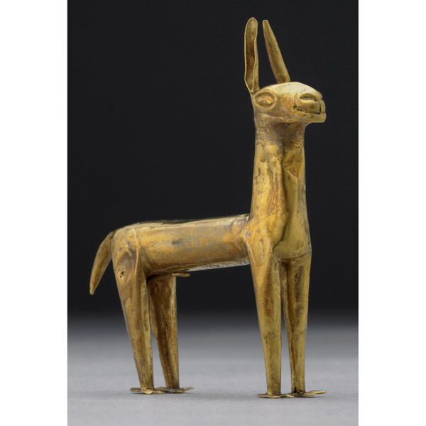 Miniature gold llama figurine, Peru, Inca, c. 1500 C.E., 6.3 x 1 cm © Trustees of the British Museum