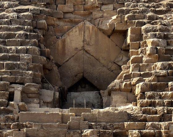 Entrance, Pyramid of Khufu (Photo: Olaf Tausch)