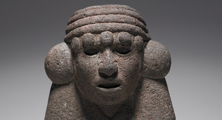 Kneeling Figure of Chalchiuhtlicue, c. 1325-1521 C.E., Aztec, from Mexico, 30 x 18 cm, granite © The Trustees of the British Museum