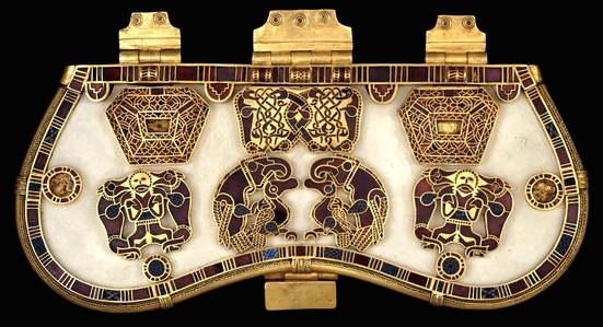 Purse lid from the Sutton Hoo ship burial, early 7th century, gold, garnet and millefiori, 19 x 8.3 cm (excluding hinges) (The British Museum)