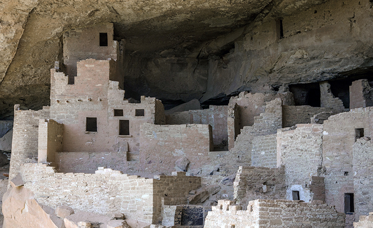 View of Cliff Palace structures, Mesa Verde (photo: Paul Middleton, Shadow Dancer Images, CC: BY-NC 2.0) https://flic.kr/p/gzVwUW