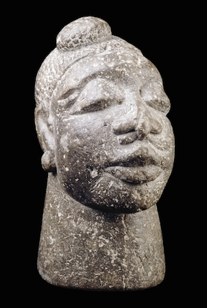 Stone head (mahe yafei), Sierra Leone, Kisi people, 16th - 18th century, steatite or soapstone, 24 x 10 x 17.5 cm, © Trustees of the British Museum