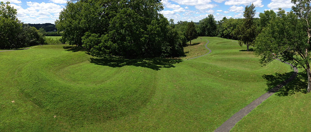 Great Serpent Mound | Fort Ancient Culture (article) | Khan