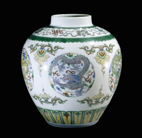 Doucai vase, from Jingdezhen, Jiangxi province, southern China, Qing dynasty, Yongzheng period (1723-35) © Trustees of the British Museum