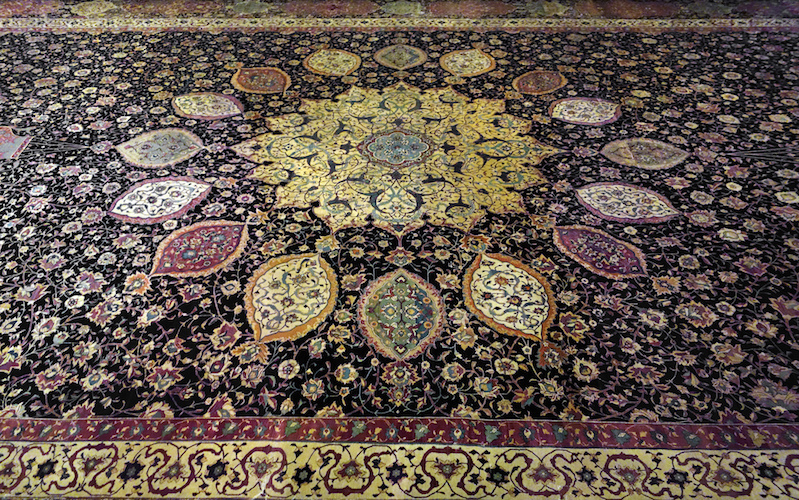 The Ardabil Carpet, Maqsud of Kashan, Persian: Safavid dynasty, silk warps and wefts with wool pile (25 million knots, 340 per sq. inch), 1539-40 C.E., Tabriz, Kashan, Isfahan or Kirman, Iran (Victoria & Albert Museum)