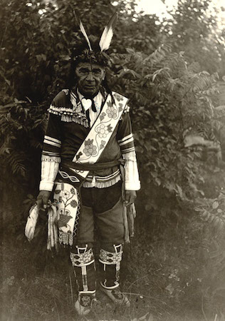 Chief Cloud Wearing a Bandolier Bag (source: Wisconsin Historical Society)