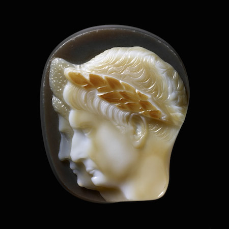 Cameo with double portrait of the emperor Trajan and his wife Plotina, c. 105-115 C.E., sardonyx, 5 x 4.3 cm (The British Museum)