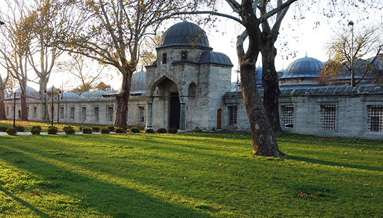 Süleymaniye Kulliyesi (view of kitchens and caravanserai), Istanbul