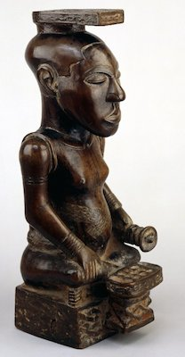 Ndop, wooden carving of King Shyaam aMbul aNgoong, from the Democratic Republic of Congo (formerly Zaire), late 18th century, wood, 55 cm high (British Museum)