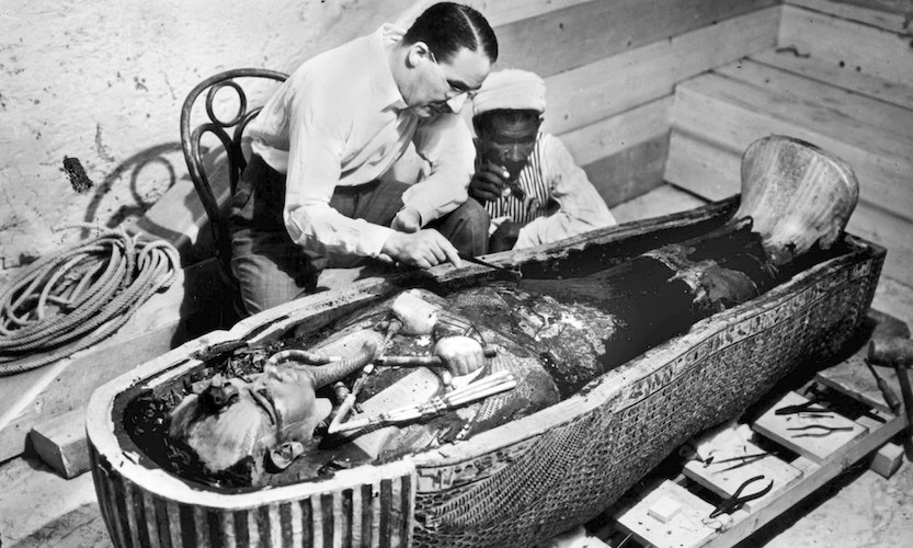 tutankhamen's death Many scholars have hypothesised that tutankhamen's death was attributable to  an accident, such as a fall from his chariot or a kick by a horse.