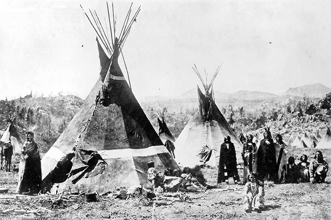 A Shoshone encampment in the Wind River Mountains of Wyoming, 1870 (photo: W. H. Jackson, Smithsonian Institution)